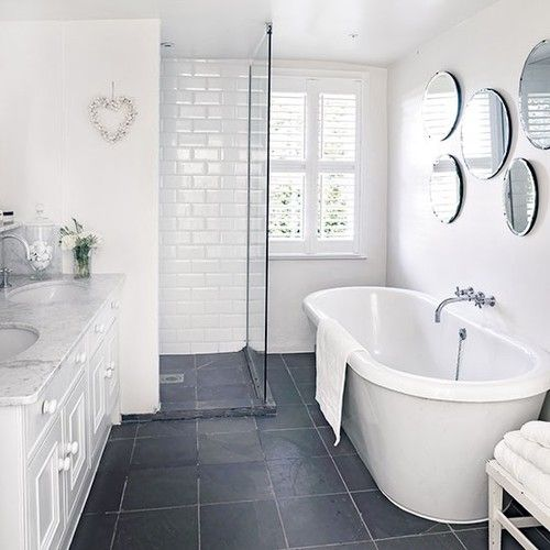 Donkere Keuken Vloer : Grey and White Bathroom Floor Tile